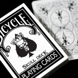 Jeu Bicycle Skull Deck (Format Poker)